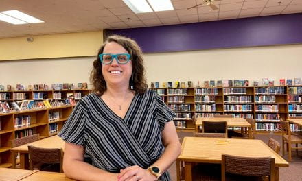 La bibliotecaria de la secundaria Lamar es reconocida a nivel nacional