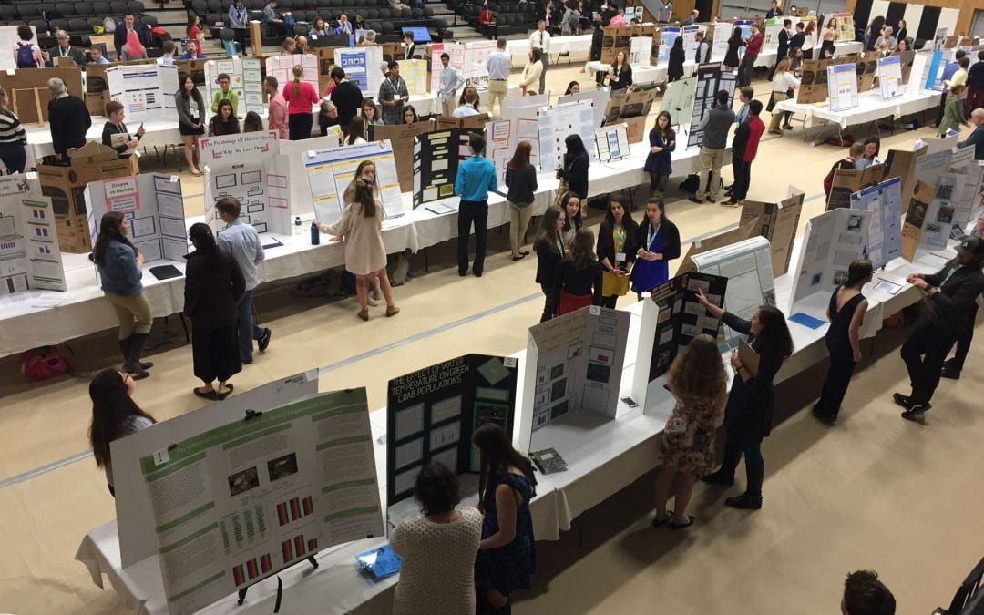 Vivek speaks at the 2019 Maine State Science Fair