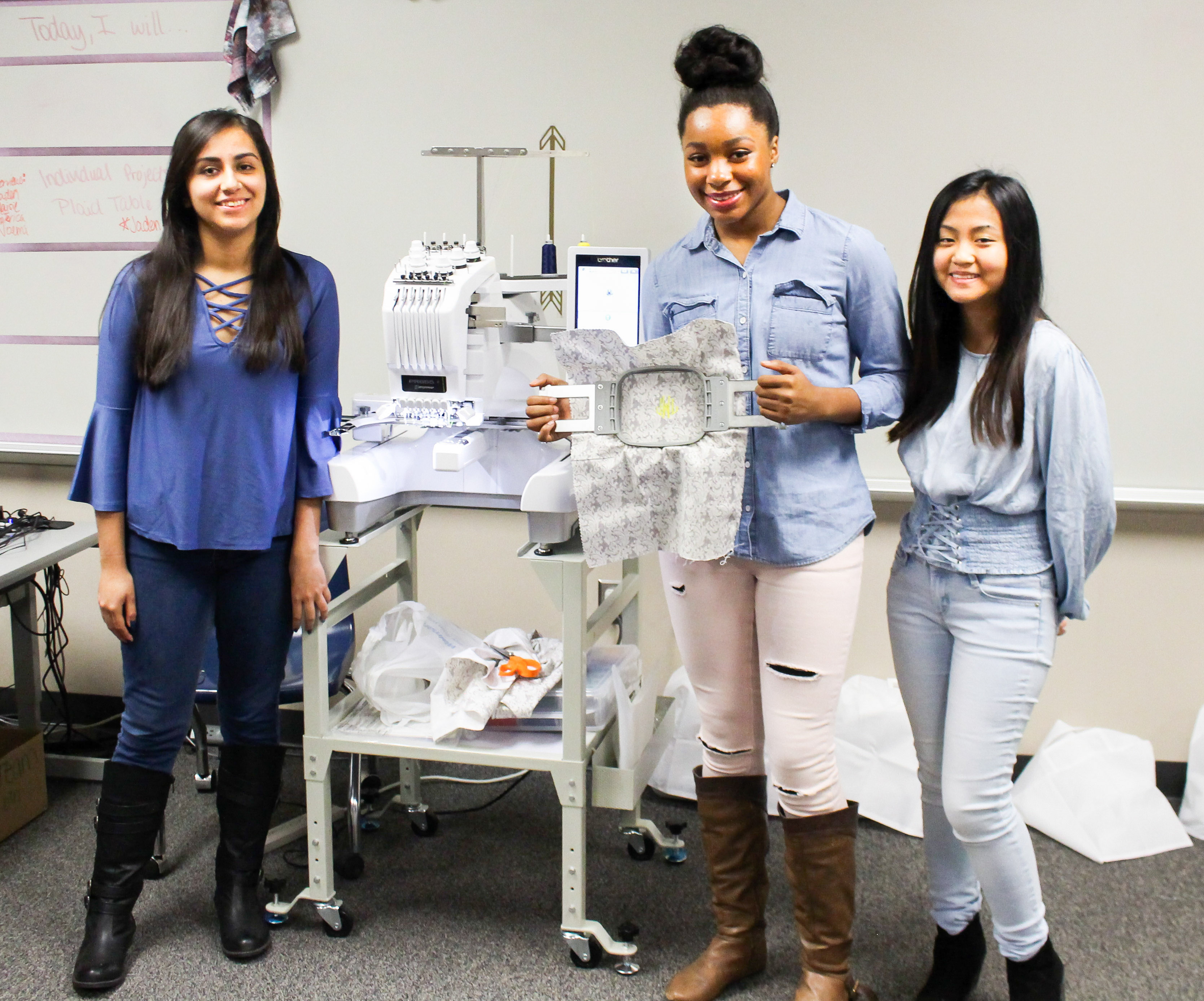Sew Cool Lhs Fashion Design Classes Get New Sewing Embroidery Machines Lufkin Isd