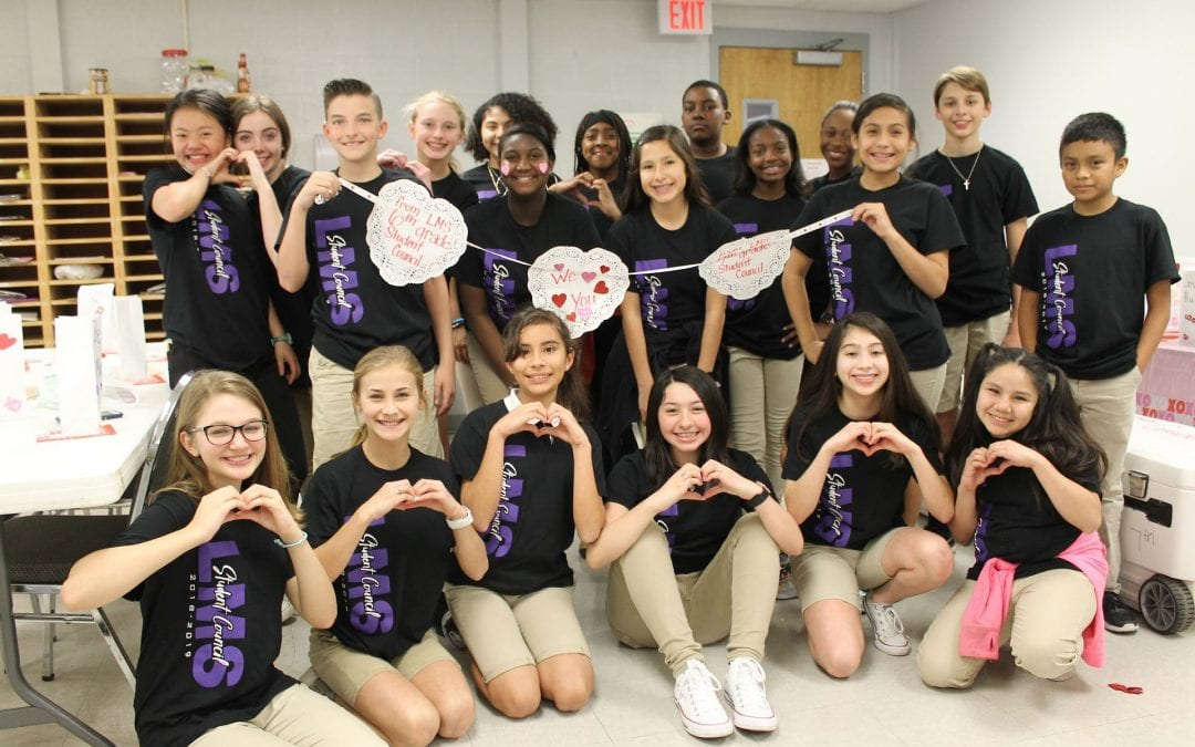 LMS Stu Co thanks bus drivers in a sweet way!