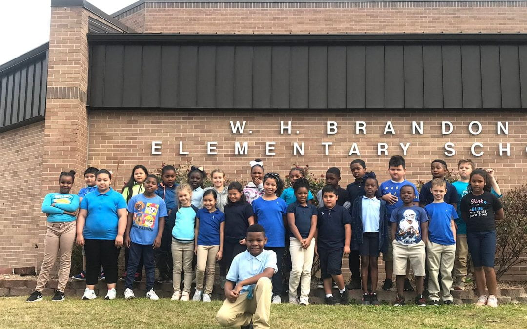 """Brandon Elementary students are """"All for 1"""" for 3rd grade diabetic student"""