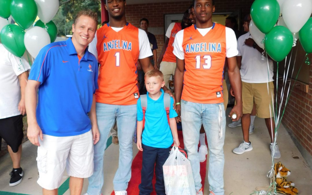 Angelina College Basketball Team Welcomes Back Kurth Tigers!