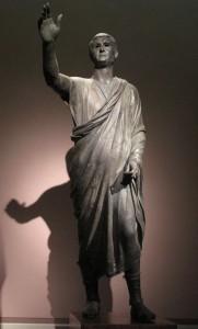Roman-Etruscan statue, L'Arringatore