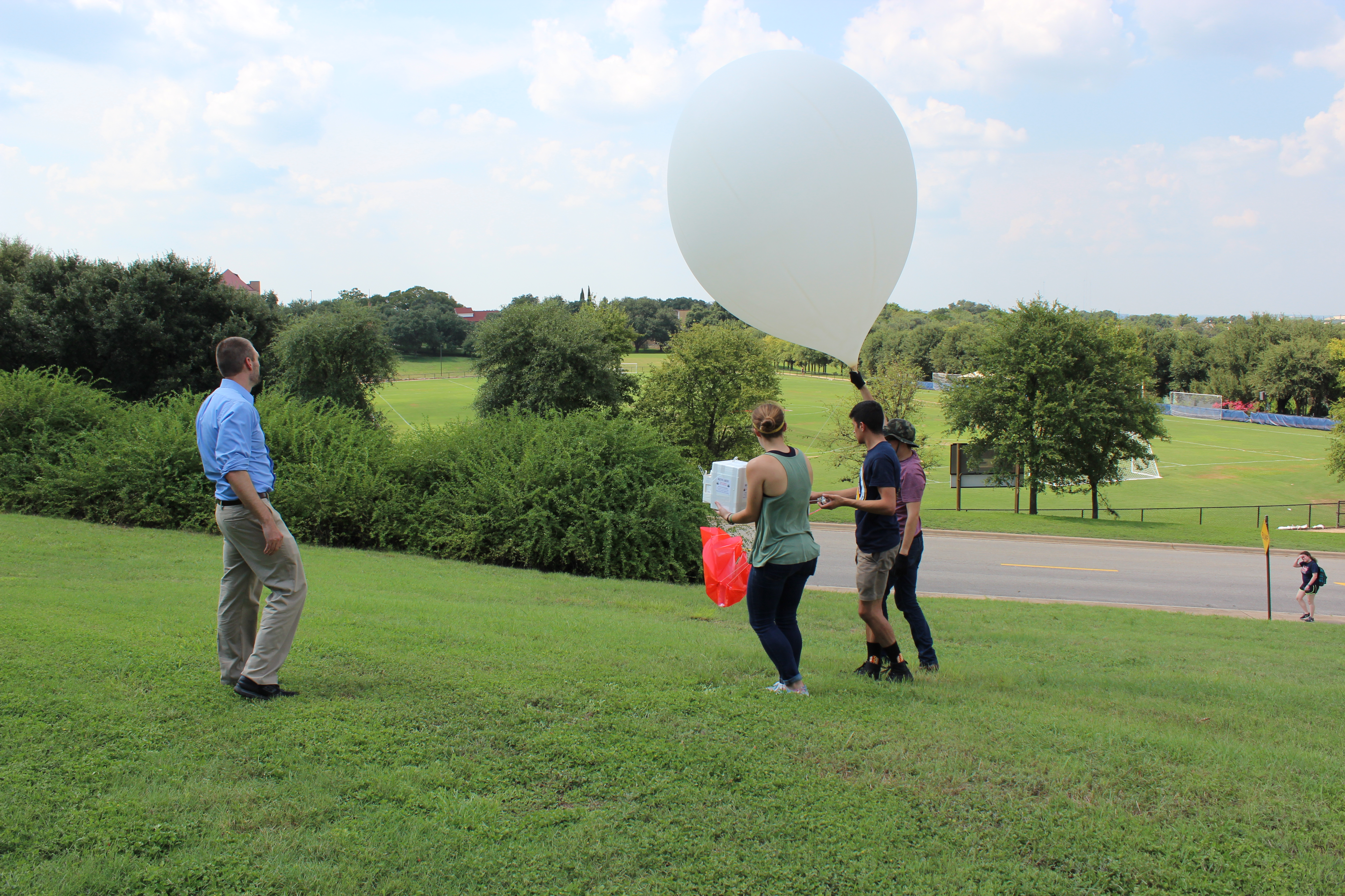 National Weather Service - Weather Balloon Launch - YouTube