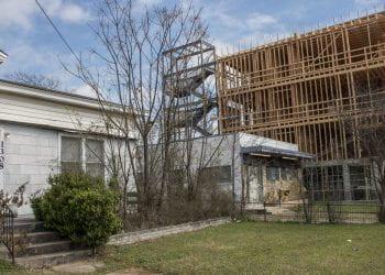 Gentrification surrounds the Mortuary, 2019-03-07, King-Tears Mo