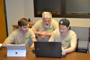 Tyler Whitaker (l) and Cameron Hale (r) with Faculty Mentor Dr. Robert Mohr (c)