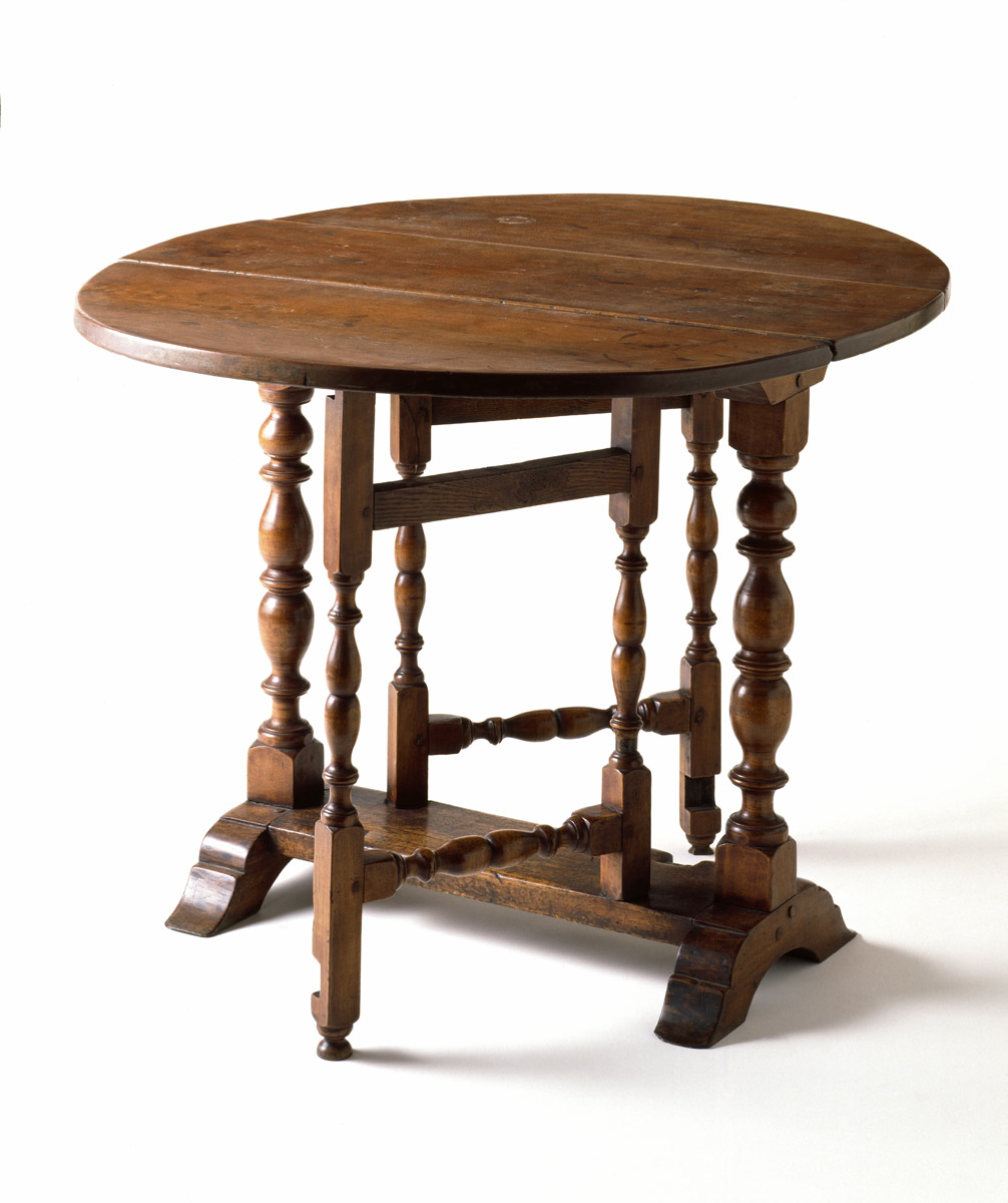Two Fold Design The Oval Gate Leg Table as Household modity in