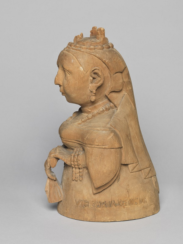 VictoriaWoodCarving