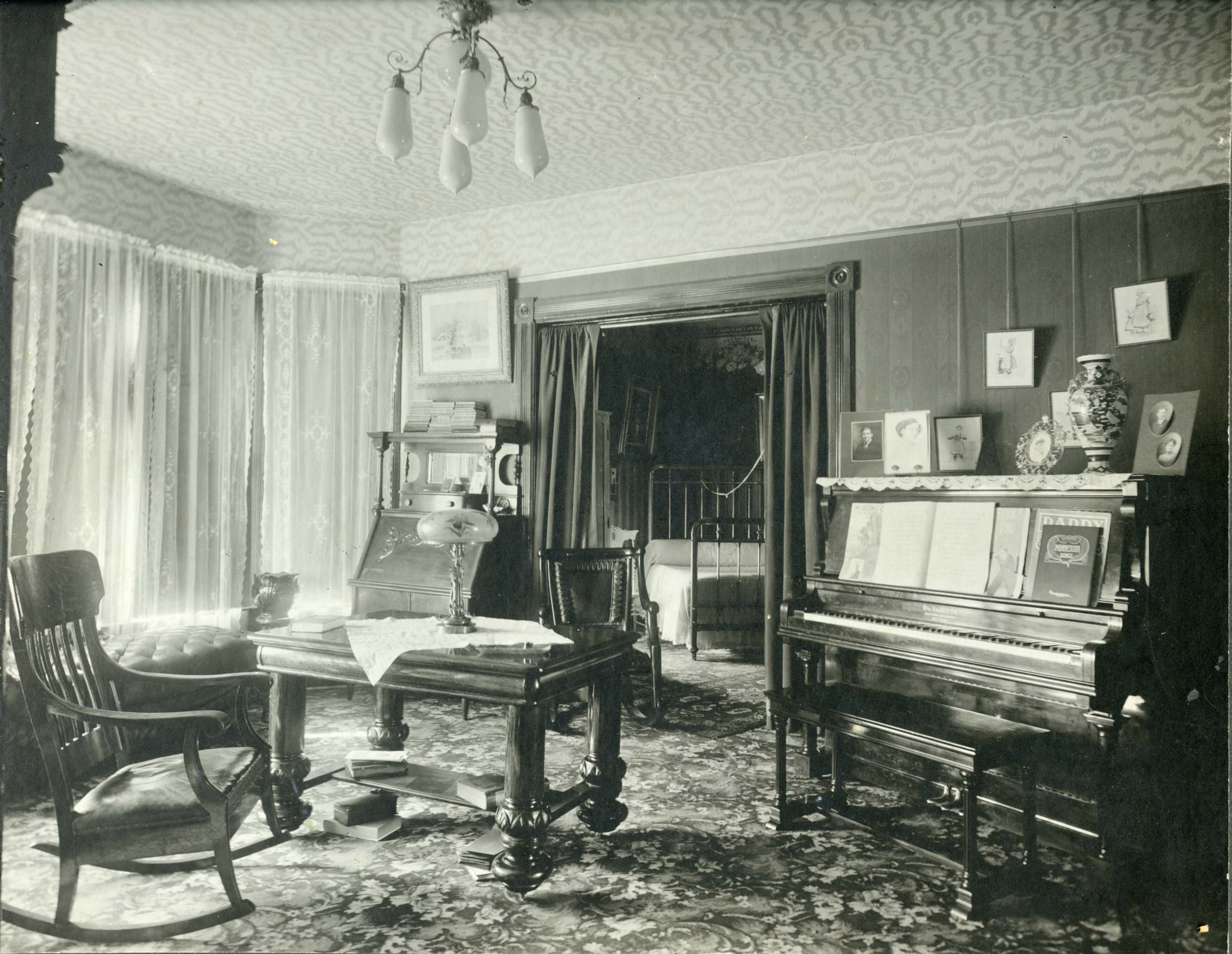 1920s Mansion Music In The Home Parlor Soundscapes In The Early 20th