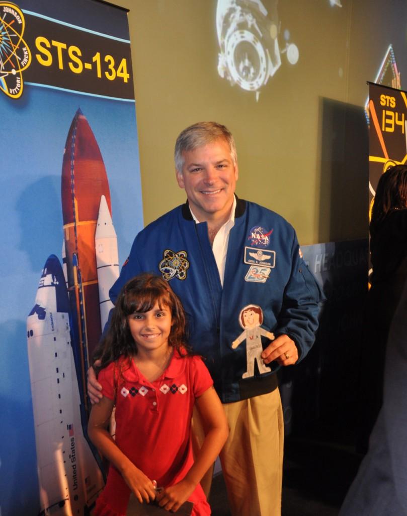 Samanthas and Astronaut Greg Johnson