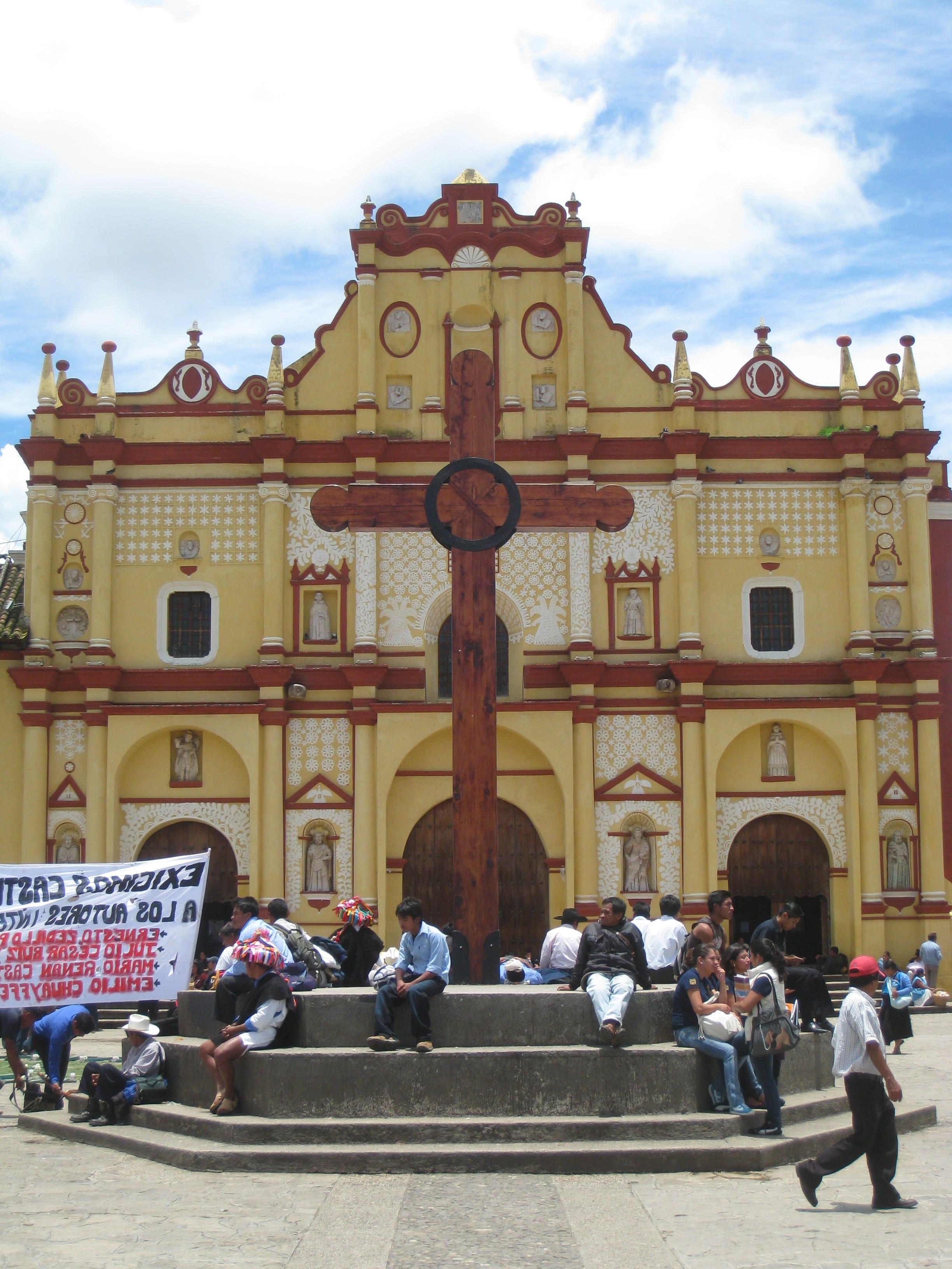 Cathedral, San Cristobal (L.Naylor)