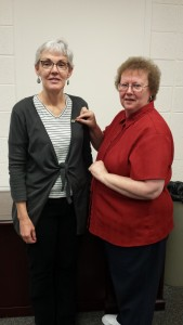 MLS Faculty Member & Clinical Coordinator receives the XX from Dr. Mary Ann McLane