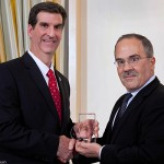 Terry Papoutsakis receives Delaware Bio Award