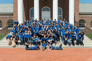 Blue Hen Ambassadors on the steps of Memorial Hall.