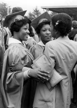 New graduates of the University of Delaware after the 1979 commencement.