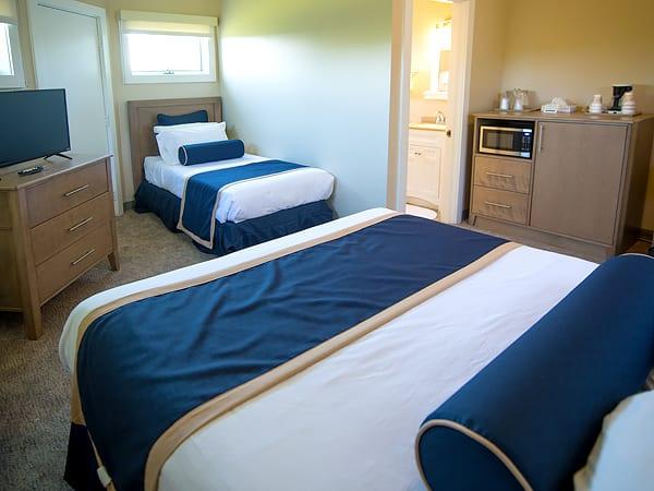 Virden_queen+twin_guestroom-10ugqys