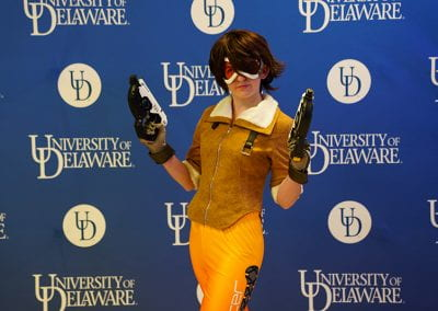 Overwatch Tracer cosplayer