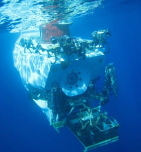 Alvin_underwater2