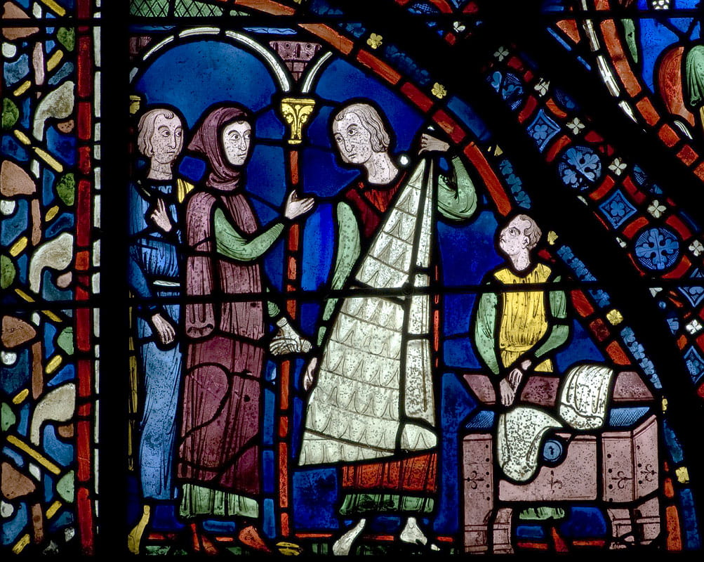 http://www.medievalart.org.uk/Chartres/05_pages/jpeg_800/Chartres%20Bay%2005%20(St%20James)%20-%20Panel%2001.jpg