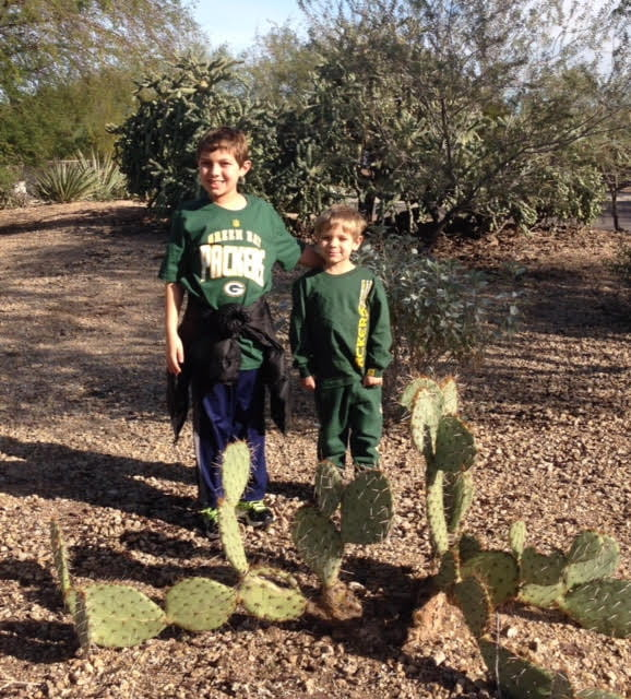 BEN AND OLIVER IN ARIZONA,2015