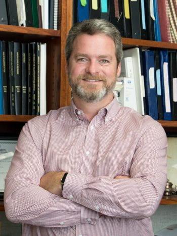 Dr. Robert Gereau
