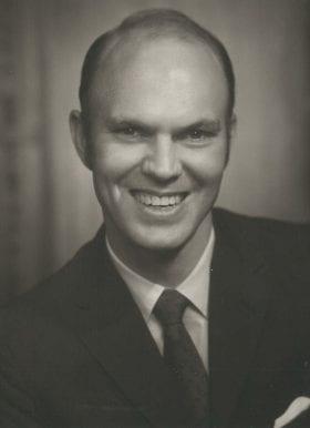 Joseph Kinzie Jr., MD: 1969-1970 Chief Resident
