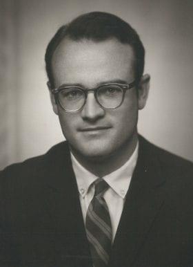 Robert Thoburn Jr., MD: 1968-1969 Chief Resident