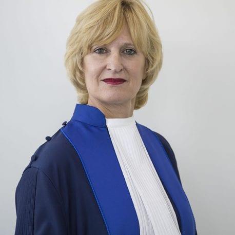 Christine van den Wyngaert