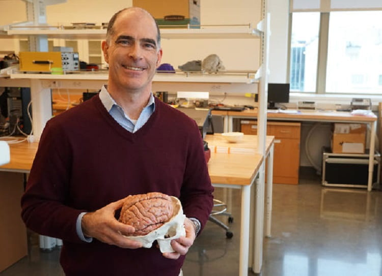These St. Louis Scientists Are Shaking Human Brains To Study Head Trauma