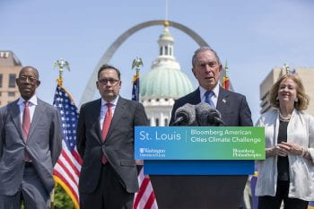 Michael Bloomberg announces Midwestern Collegiate Climate Summit