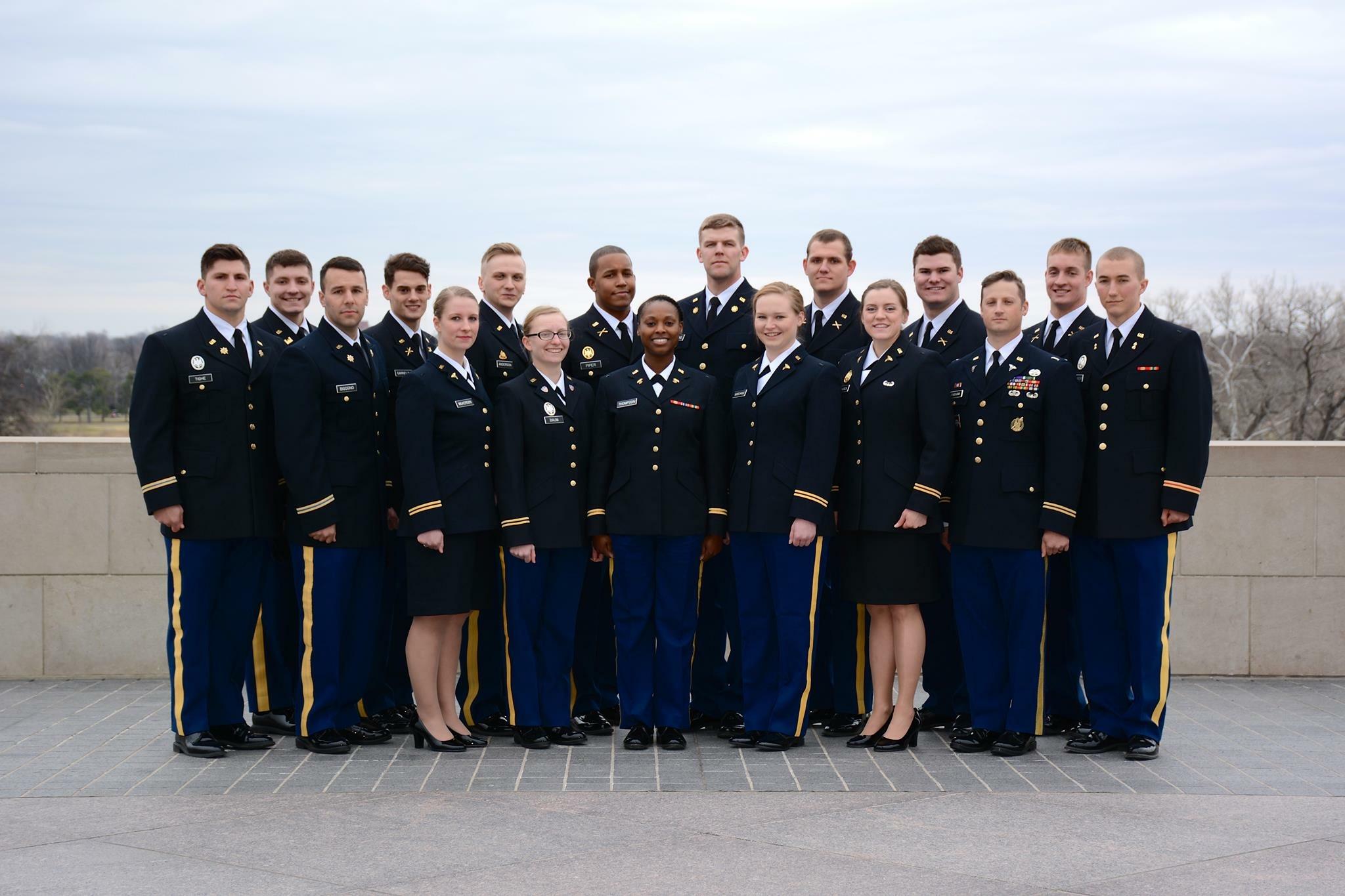Bryan Schroeder >> Past Alumni by Year | Gateway Battalion | St. Louis Army ROTC | Washington University in St. Louis