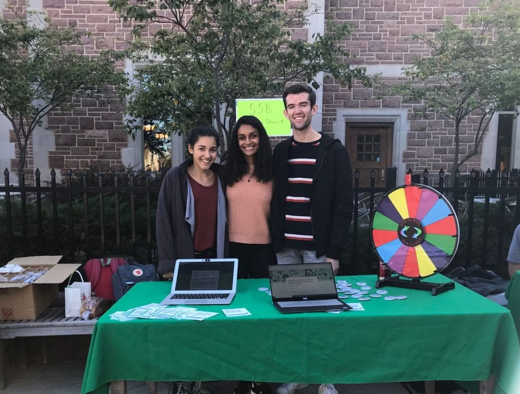 Students Advocate for a Straw-Free Campus