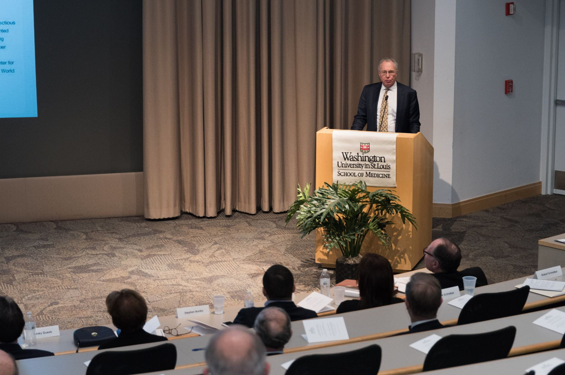 Dr. Roger Perlmutter