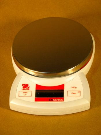ISP100-9938-Digital-Compact-Scale-200g-0.1g-768x1024