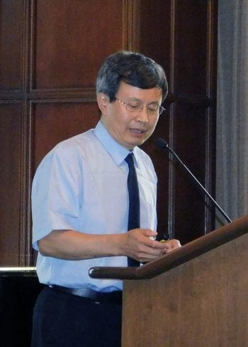 Tsinghua University professor discusses social work in China