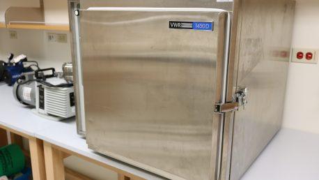 VWR 1450D Vacuum Oven