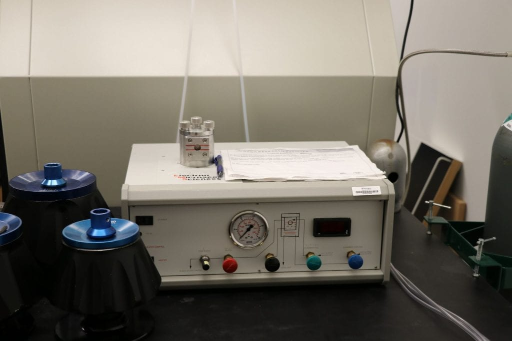 Critical Point Dryer: Electron Microscopy Sciences 850