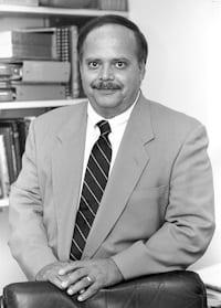 JuJlio V. Santiago, MD