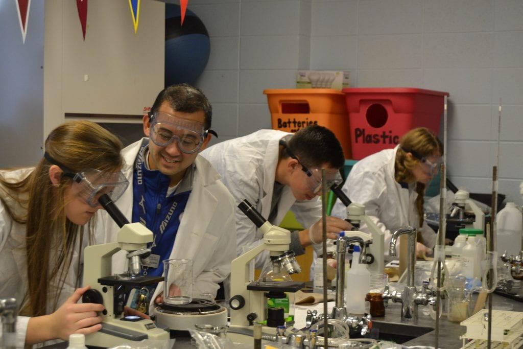 WashU alum named Missouri Biology Teacher of the Year