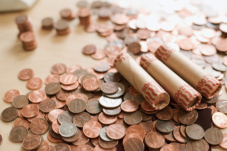Loose coins and rolled coins