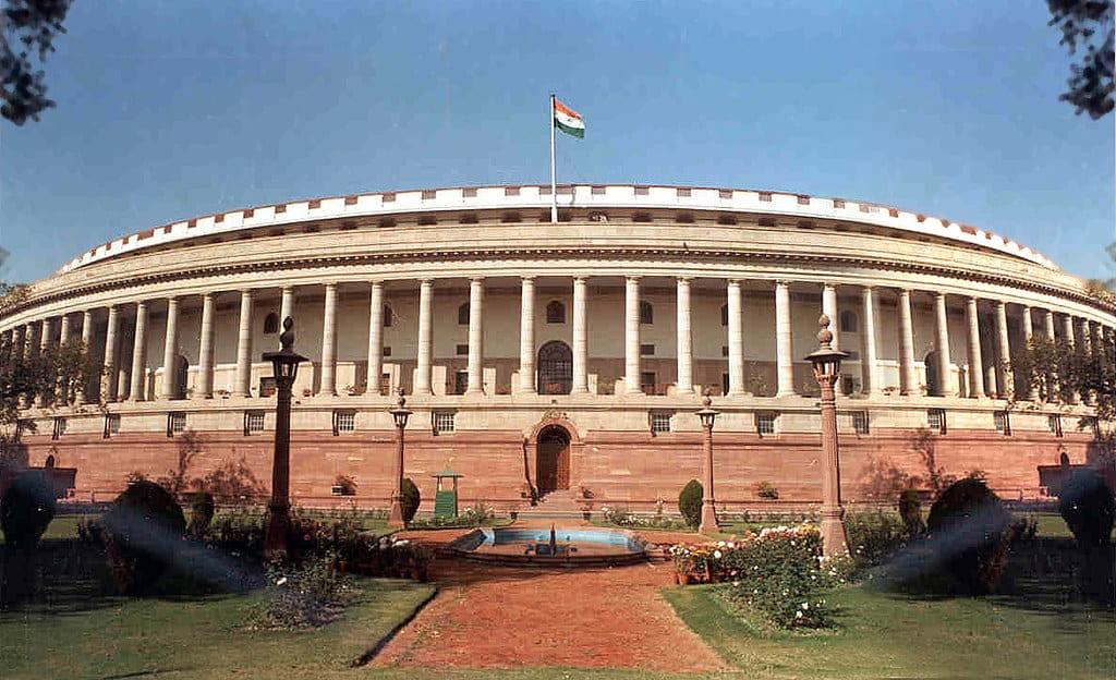 COVID-19: American Versus Indian Federalism