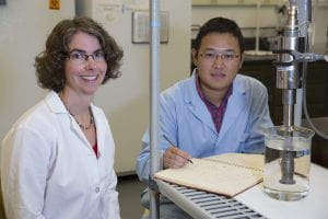 Linda Weavers in lab with Zongsu Wei