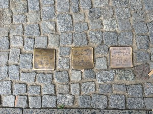 Plaques marking the location of deportations.