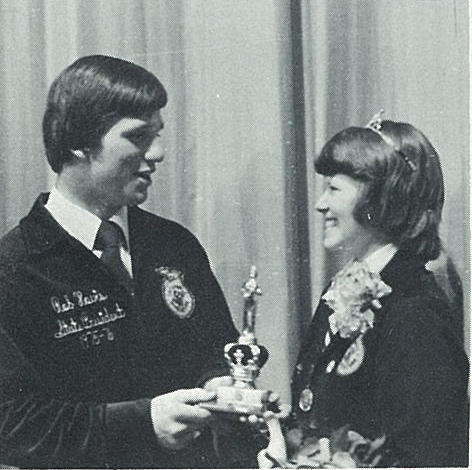 Dr. Whittington receives recognition from then Ohio FFA State President Rob Hovis.