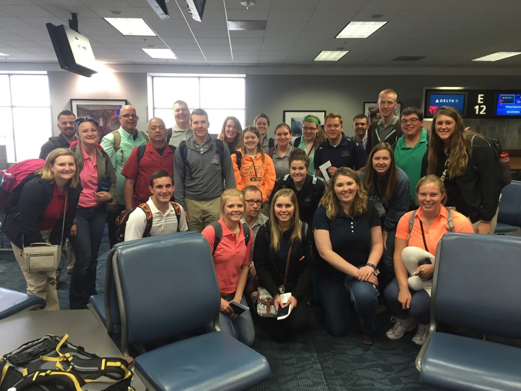 The entire group of Ohio State and Utah State students prior to leaving the Atlanta airport.