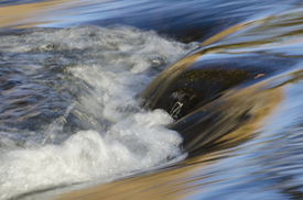 picture of flowing river water 2
