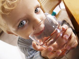 Picture of child drinking glass of water 2