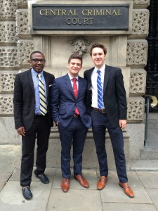 Future lawyers posing in fron to the Old Bailey Criminal Court Building.