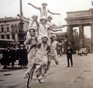 Entertainment near Brandenburg Gate, 1920s