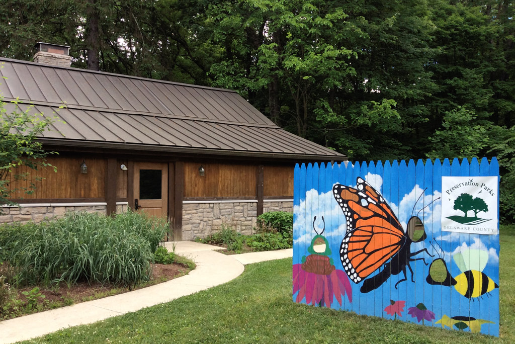 entrance to Shale Hollow nature center